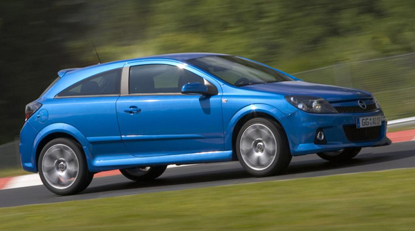 Opel-Astra_OPC_2006_3