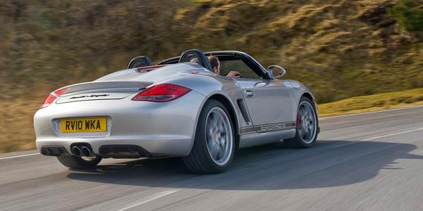 Porsche-Boxster_Spyder_2010_2