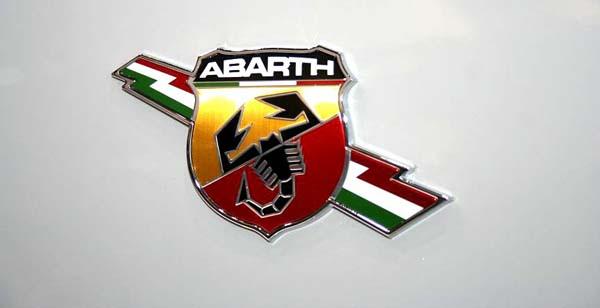 Abarth_Grande_Punto_1
