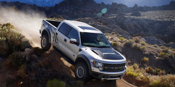 Ford-F-150-Raptor-SuperCrew-34