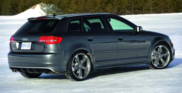 Audi-RS3-Sportback-31