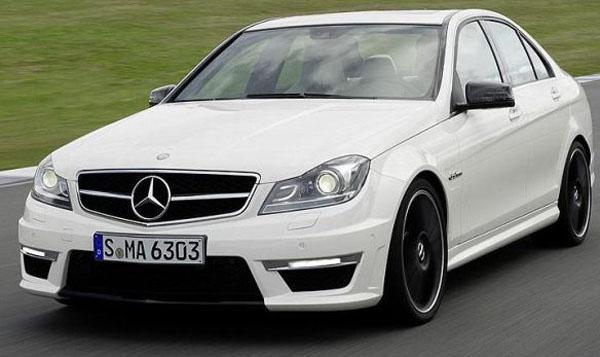 Mercedes-Benz-C63-AMG-12