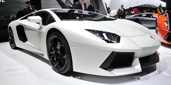 Lamborghini_Aventador_7