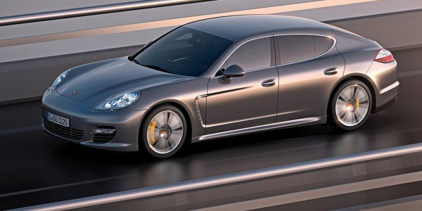 Porsche-Panamera_Turbo_S_2012_3