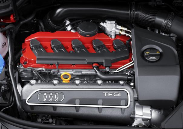 audi-rs3-moteur
