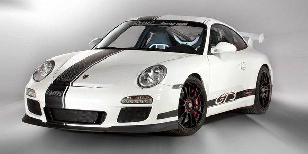 big_Porsche_911_GT3_Snowmobile_by_Magnat_11