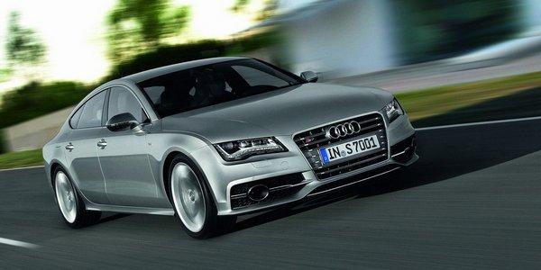 Audi S7-3
