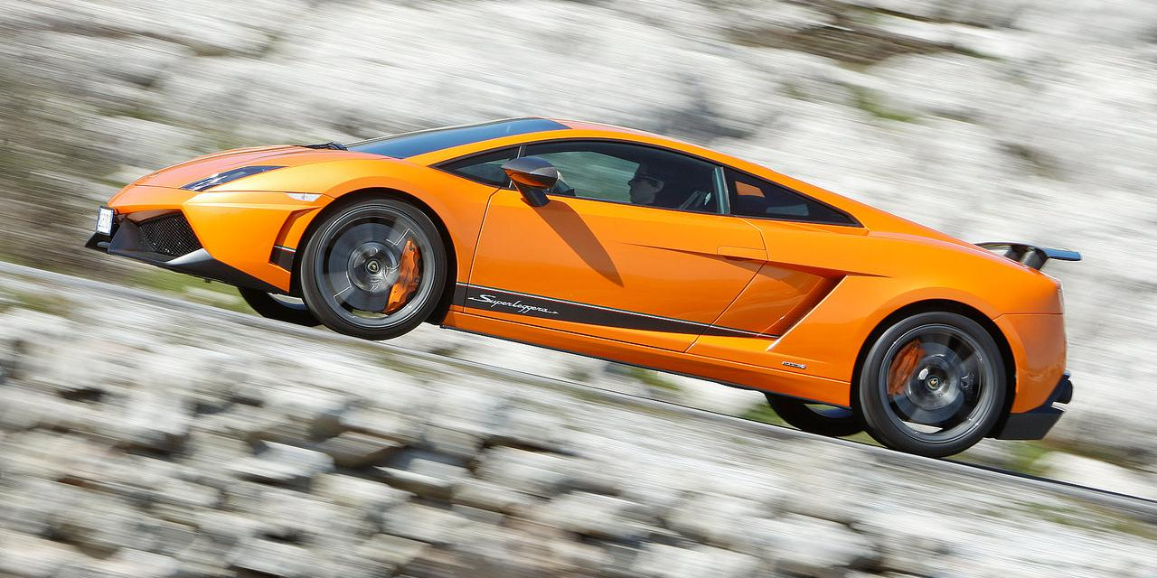 Lamborghini-Gallardo_LP570-4_Superleggera_2011_1