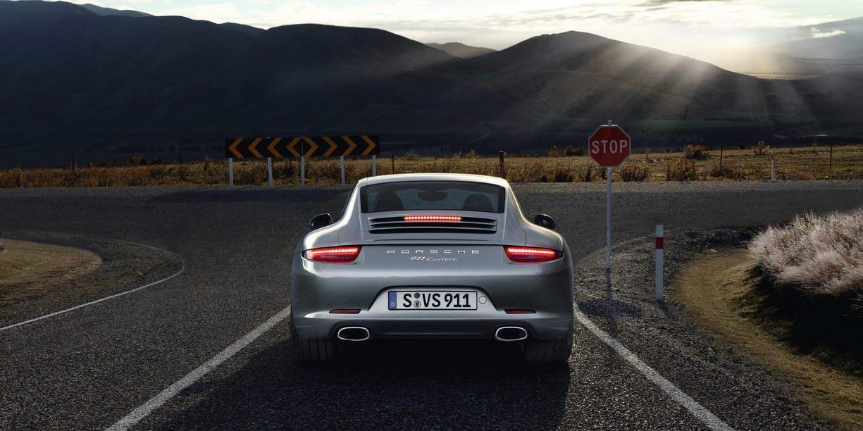 2012-Porsche-911-31