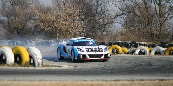 04-exige-r-gt-rally-car