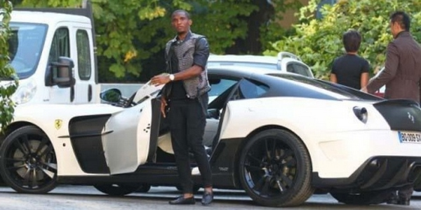 samuel_etoo_football_player_and_his_mansory_599_stallone