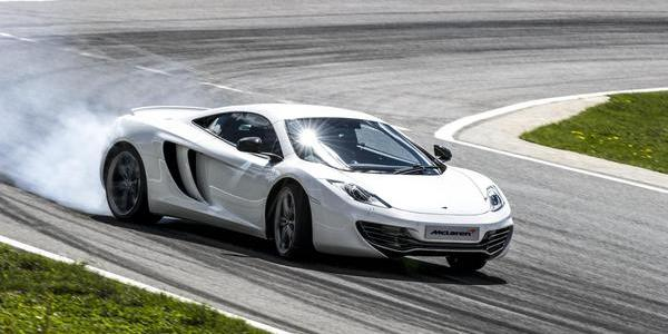 McLaren_12C_2013MY-007