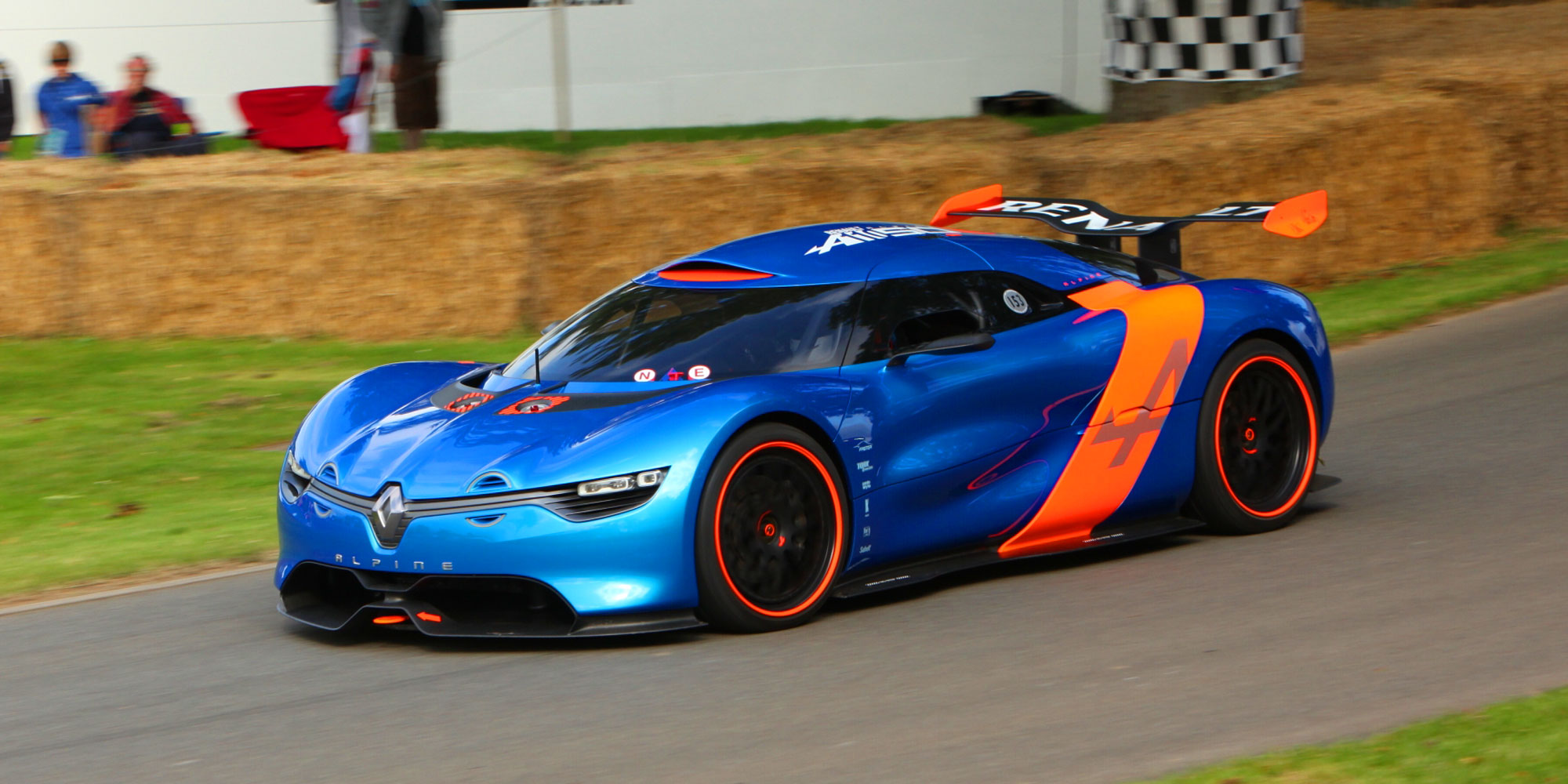 alpine a110 50 vs a110 sur route vid o dark cars wallpapers. Black Bedroom Furniture Sets. Home Design Ideas
