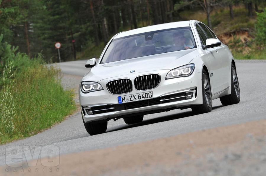 BMW 750i front