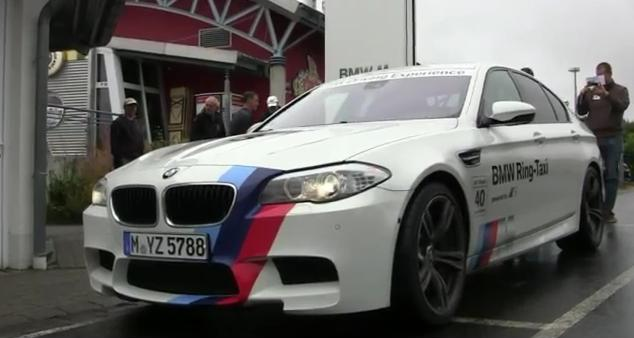 M5-RING-TAXI