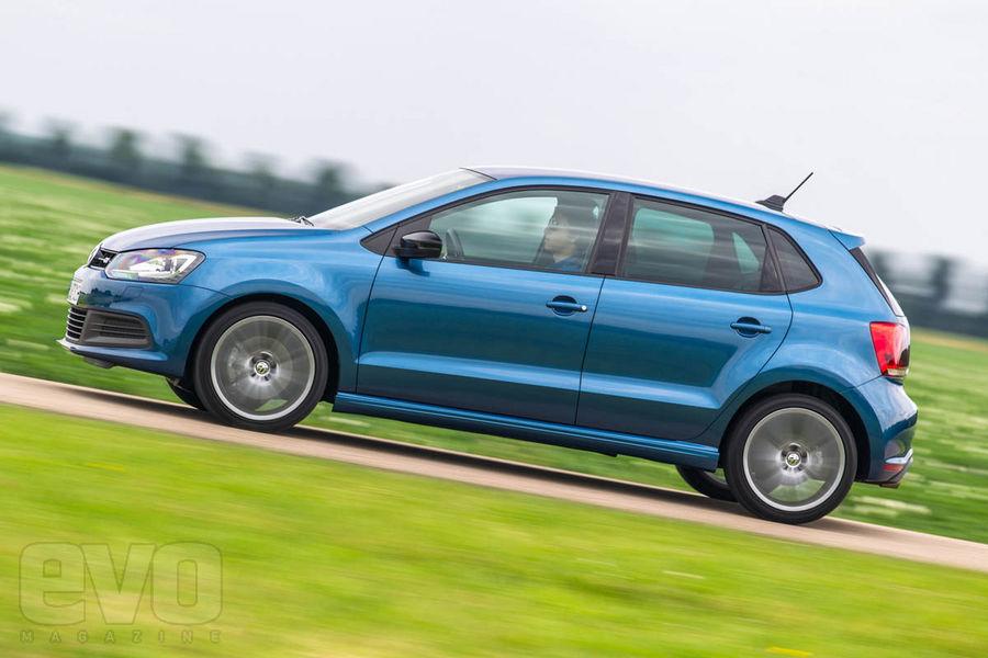 Volkswagen Polo Blue GT side
