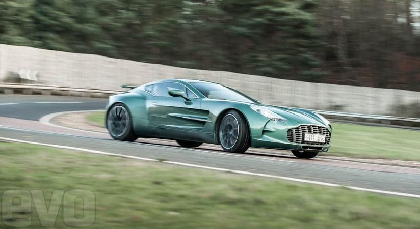 Aston-Martin-One77-10-b