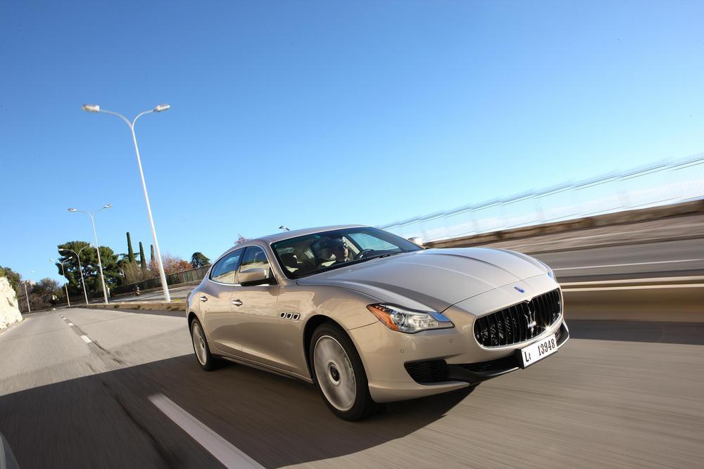 Maserati Quattroporte  (27)