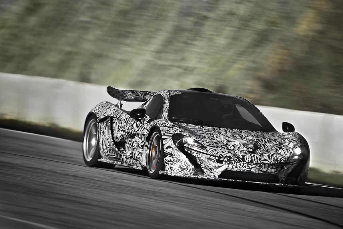 McLaren_P1_Castelloli_Dec2012-030