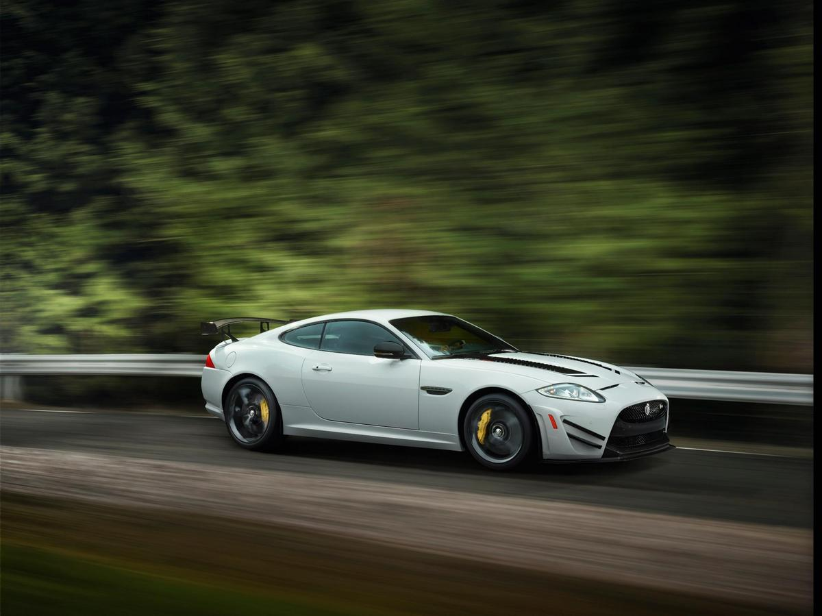 Jag_XKR-S_GT_Image_8_260313