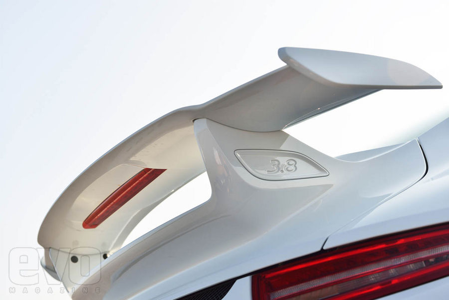 991 GT3 aileron Essai : Porsche 991 GT3, jouissive