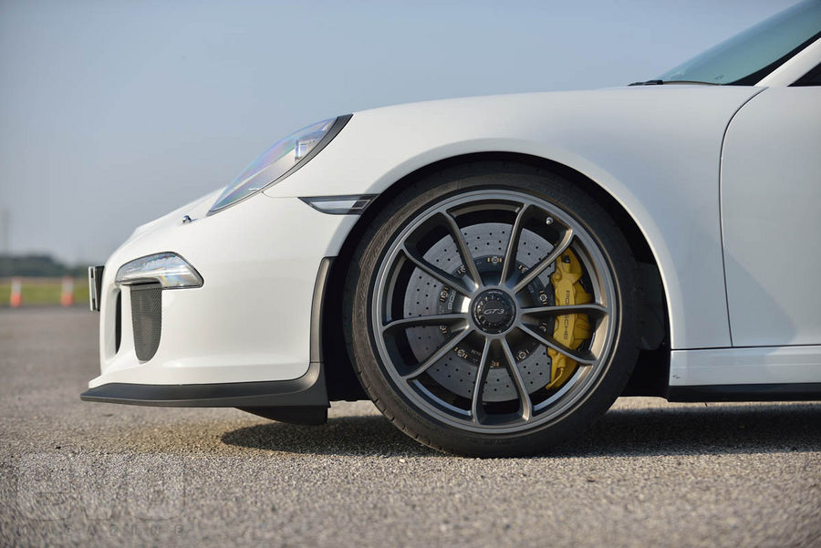 991 GT3 avant Essai : Porsche 991 GT3, jouissive