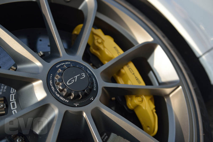 991 GT3 jante Essai : Porsche 991 GT3, jouissive