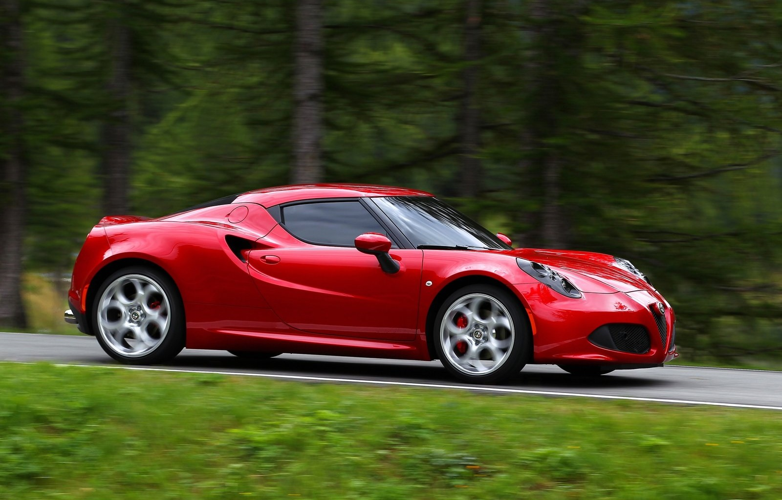 essai alfa romeo 4c nouvelle star speedfans. Black Bedroom Furniture Sets. Home Design Ideas