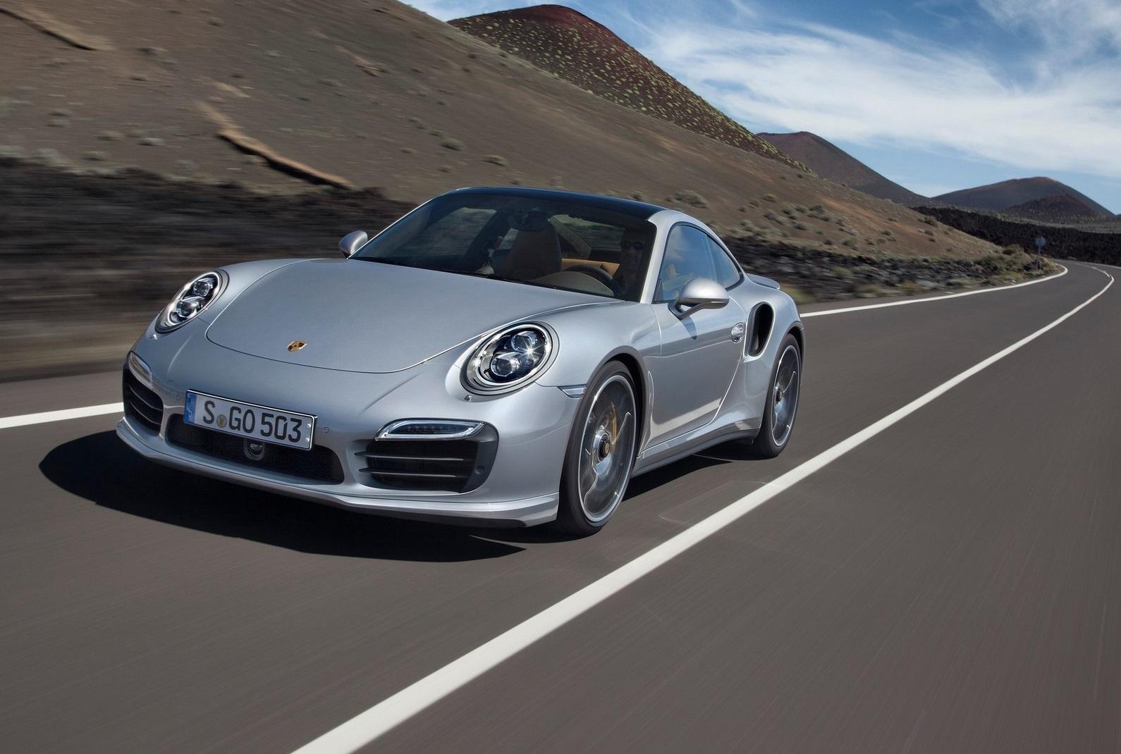 Porsche-911_Turbo_S_2014_1