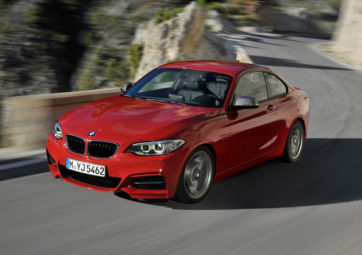 BMW-M235i_Coupe_2014_2