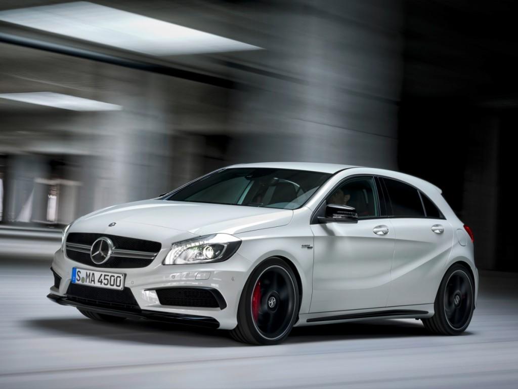 Mercedes-A45-AMG-dynamique2