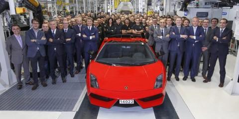 2_Last Gallardo and Assembly Line + Lamborghini Team