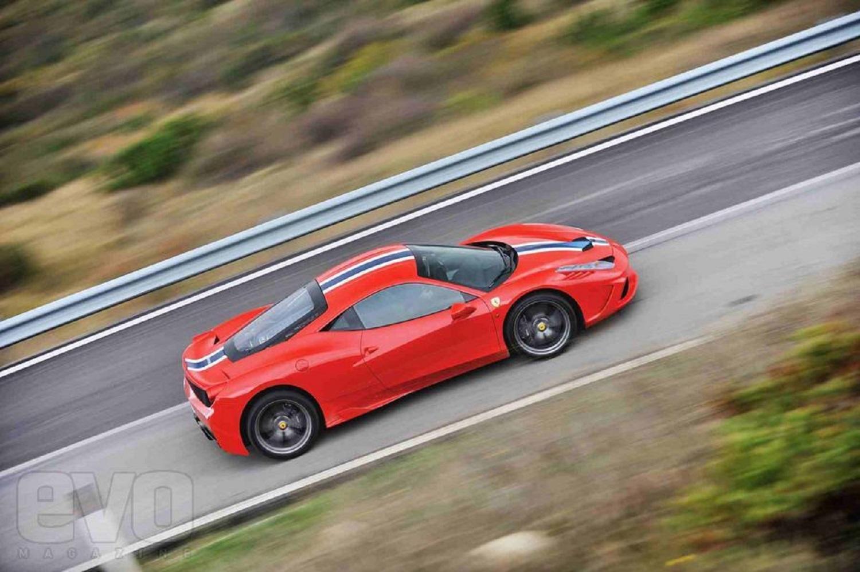 Ferrari 458 Speciale route