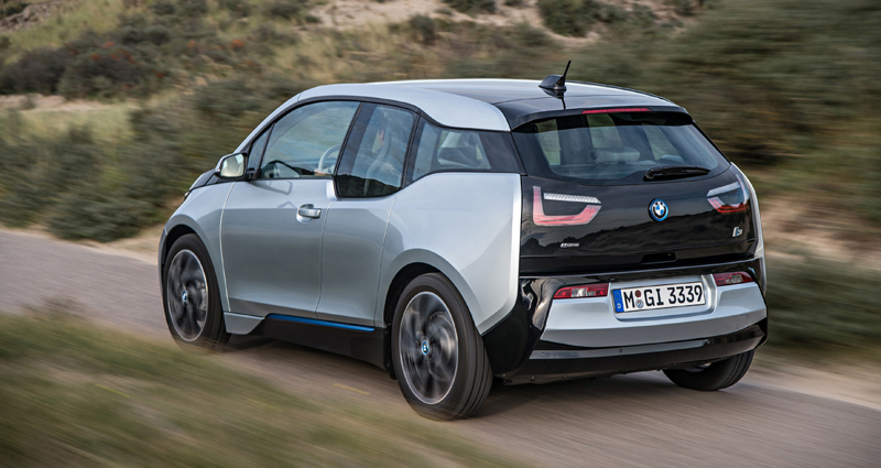bmw-i3-route-arriere
