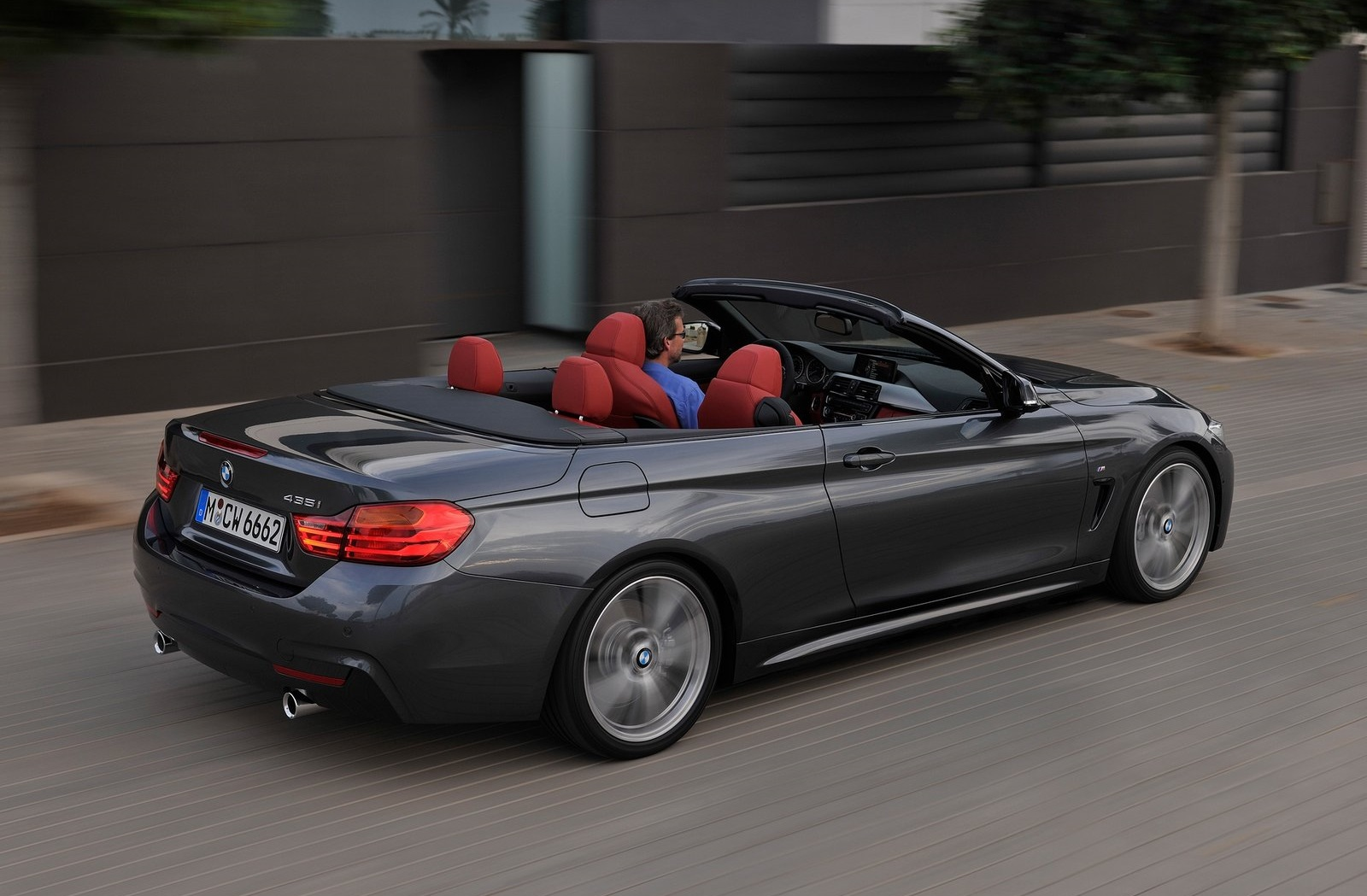bmw s rie 2 coup et s rie 4 cabriolet quel prix. Black Bedroom Furniture Sets. Home Design Ideas