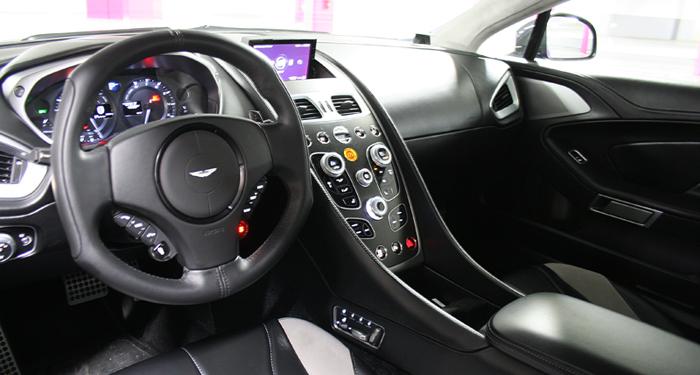 vanquish cockpit