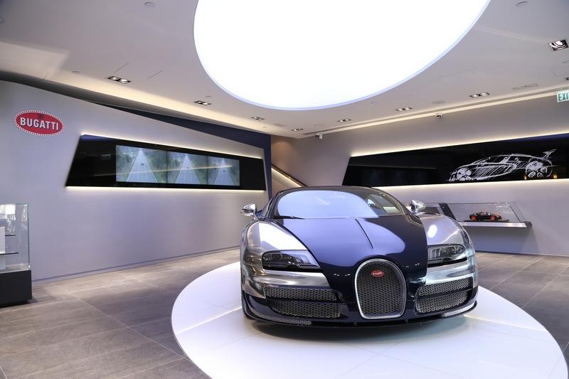 001_Bugatti_Hong Kong_Showroom