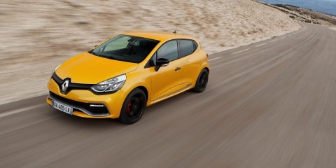 Renault-Clio_RS_200