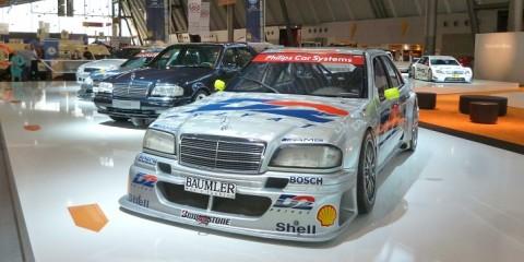 halle Mercedes retroclassic