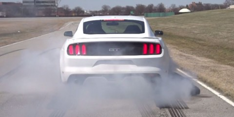 Ford Mustang 2015 burnout 5