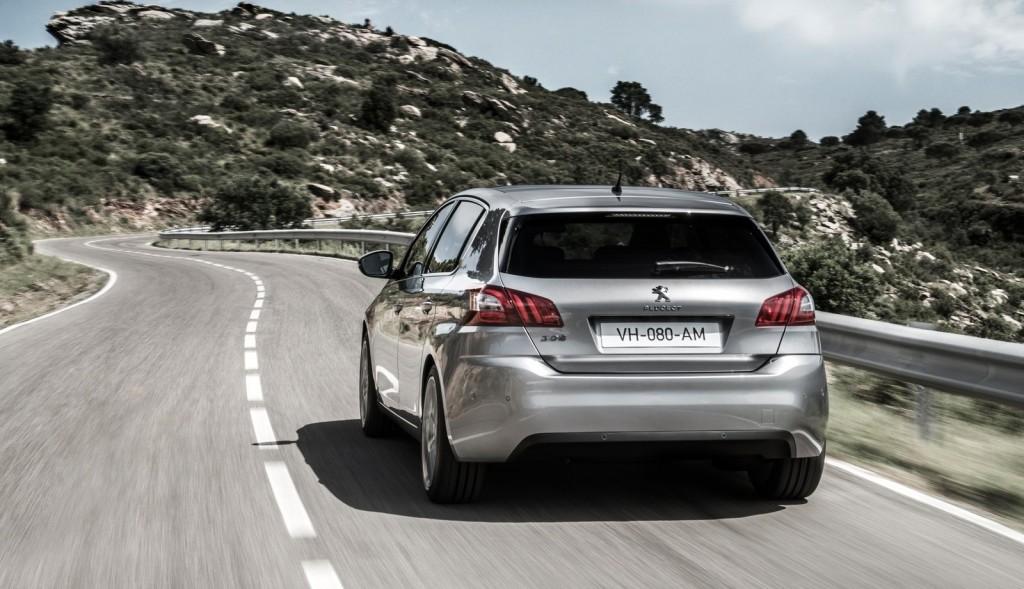 Peugeot-308_2014_4