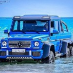 mercedes-g63-amg-6x6-bathing-in-the-red-sea-medium_7