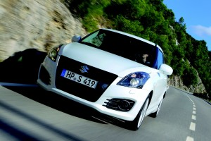 03_NEW_SWIFT_SPORT_Front_Dyn