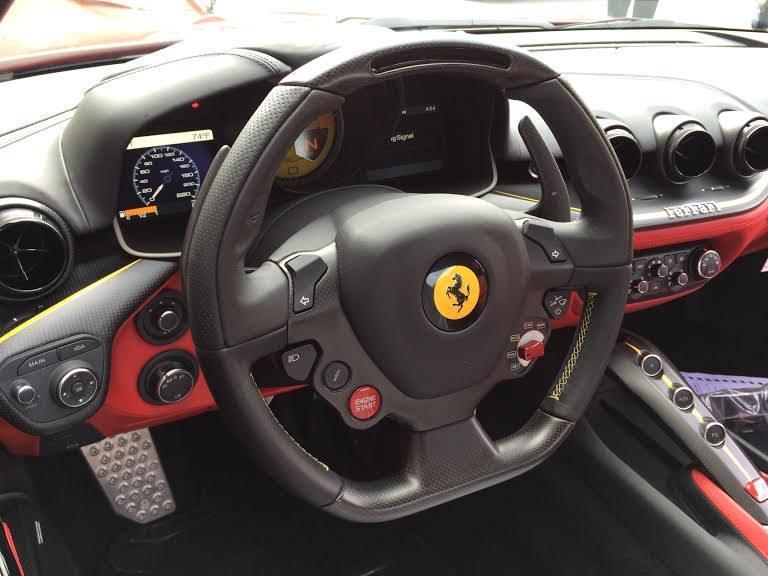Ferrari SP America (4))