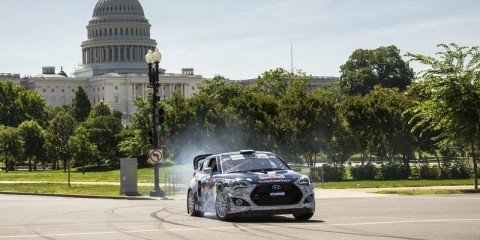 rhys-millen-drifts-his-hyundai-rallycross-car-in-front-of-the-capitol-building-in-washington-dc