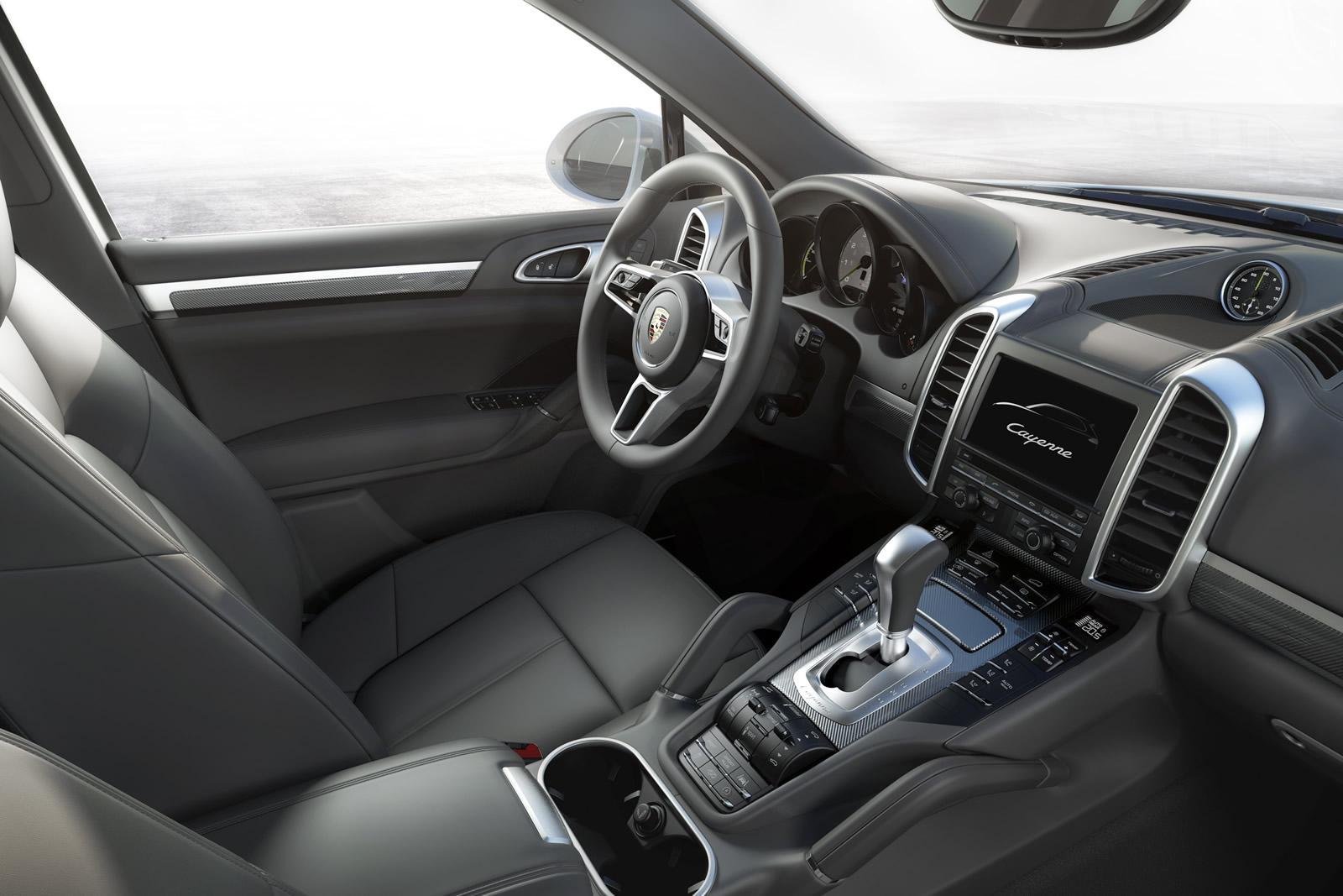 Porsche Cayenne 2015 (2)