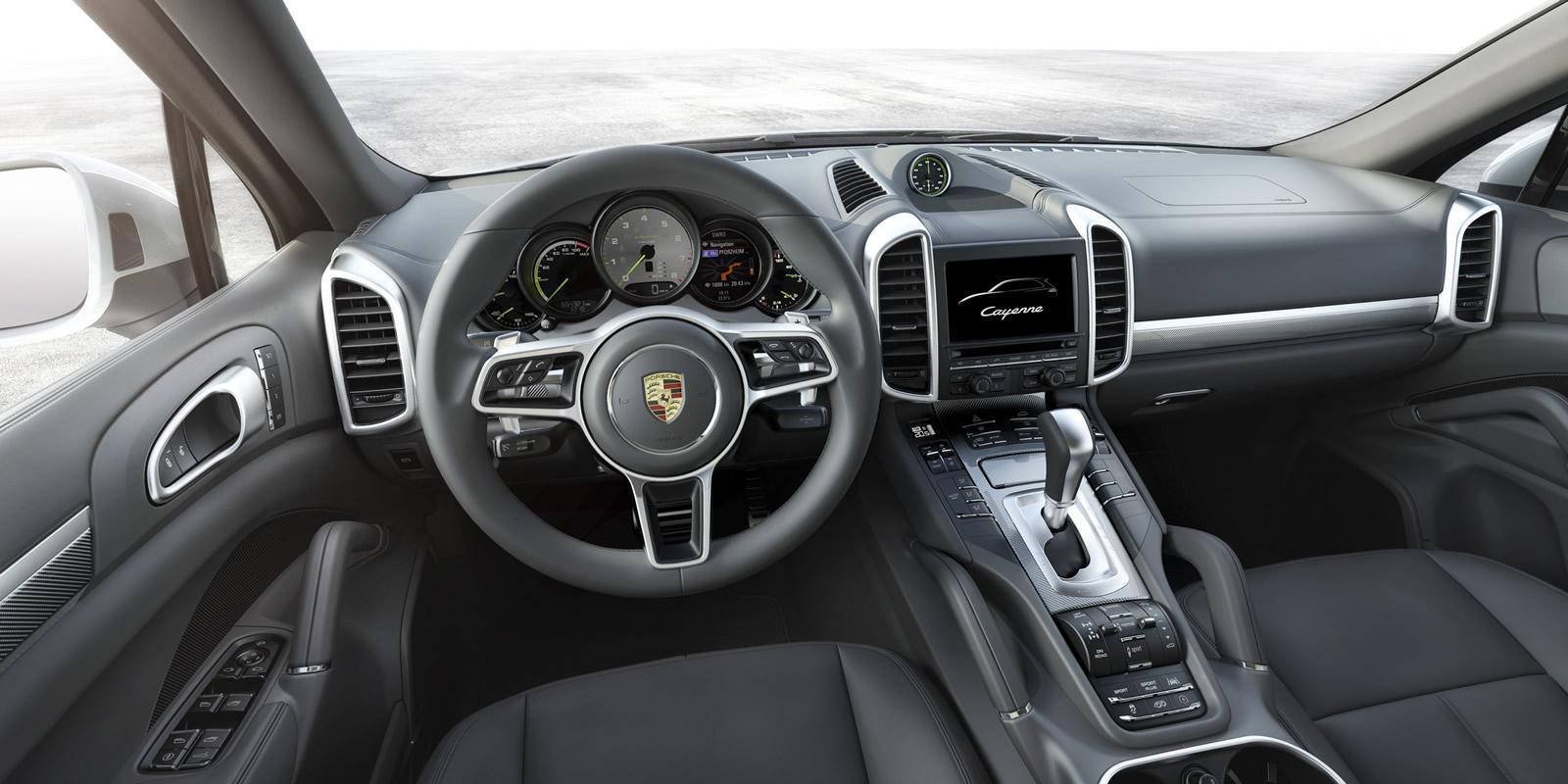 Porsche Cayenne 2015 (3)