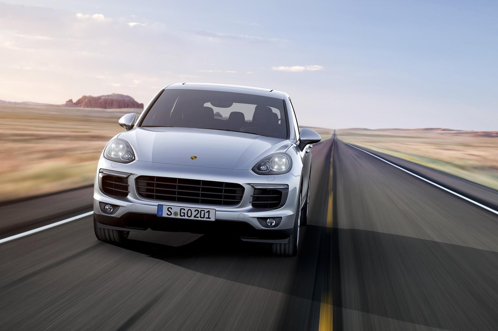 Porsche Cayenne 2015 (6)