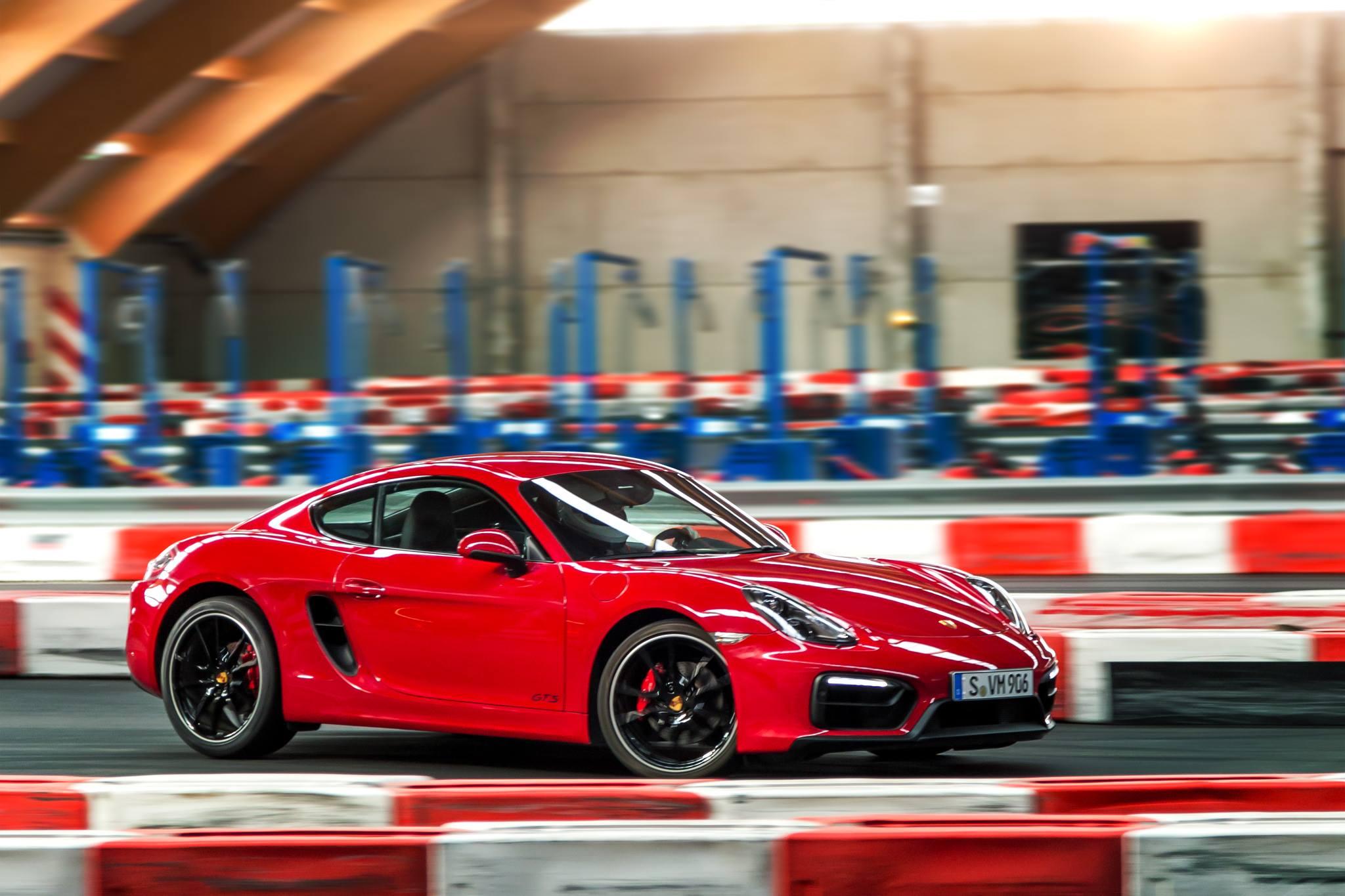 Porsche Cayman GTS (2)