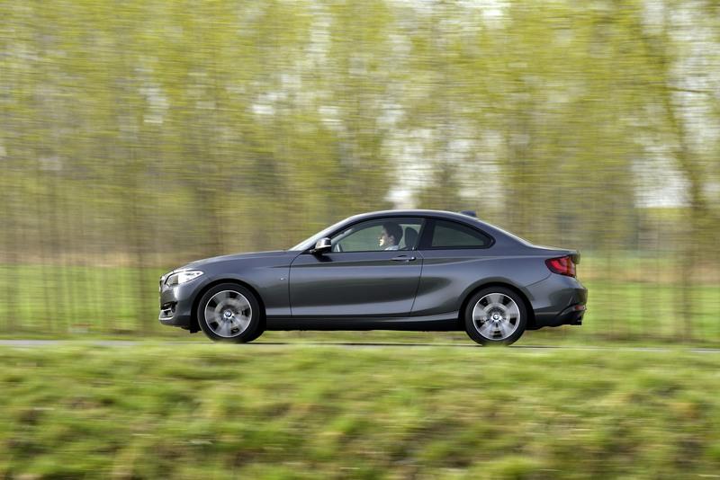 BMW 220i Coupé, Mineral Grey Metallic, Sport Line, 135/184 kW/PS